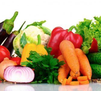 hortalizas sobre mesa